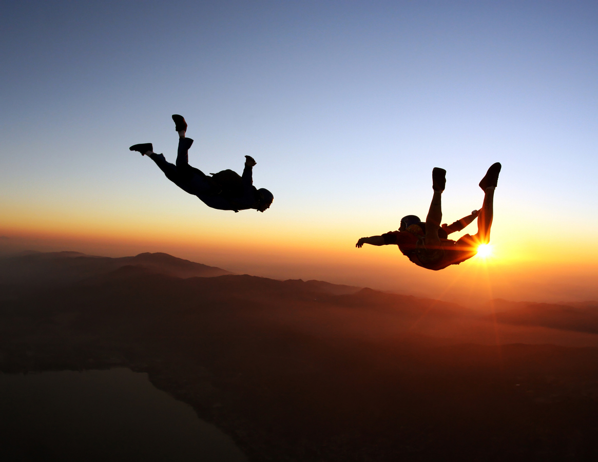 when is the best time for skydiving