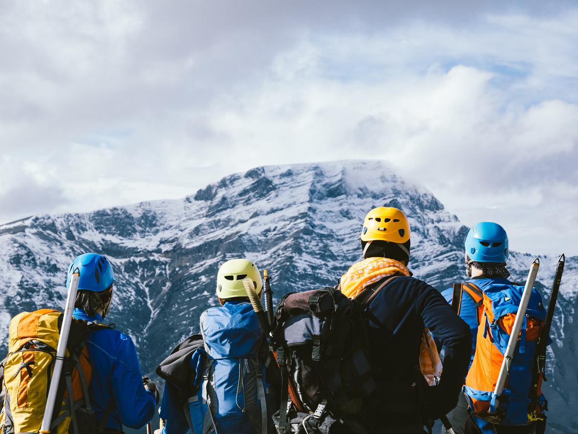 mountaineering equipment list