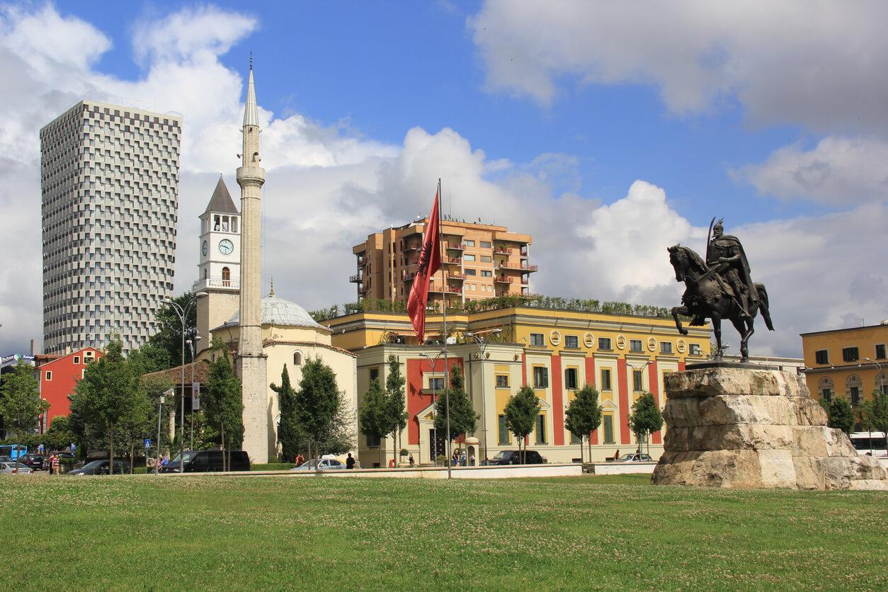 Arnavutluk gezi rehberi