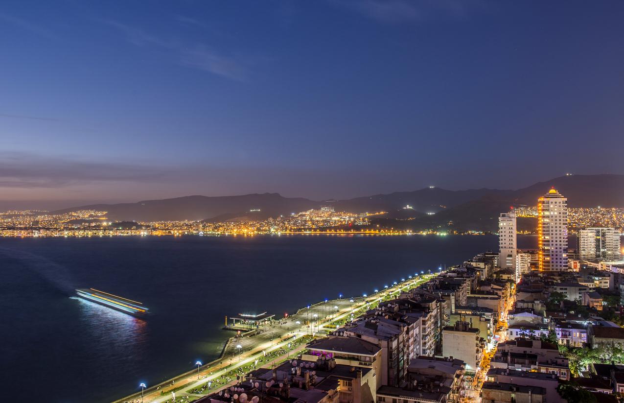 İzmir gece hayatı